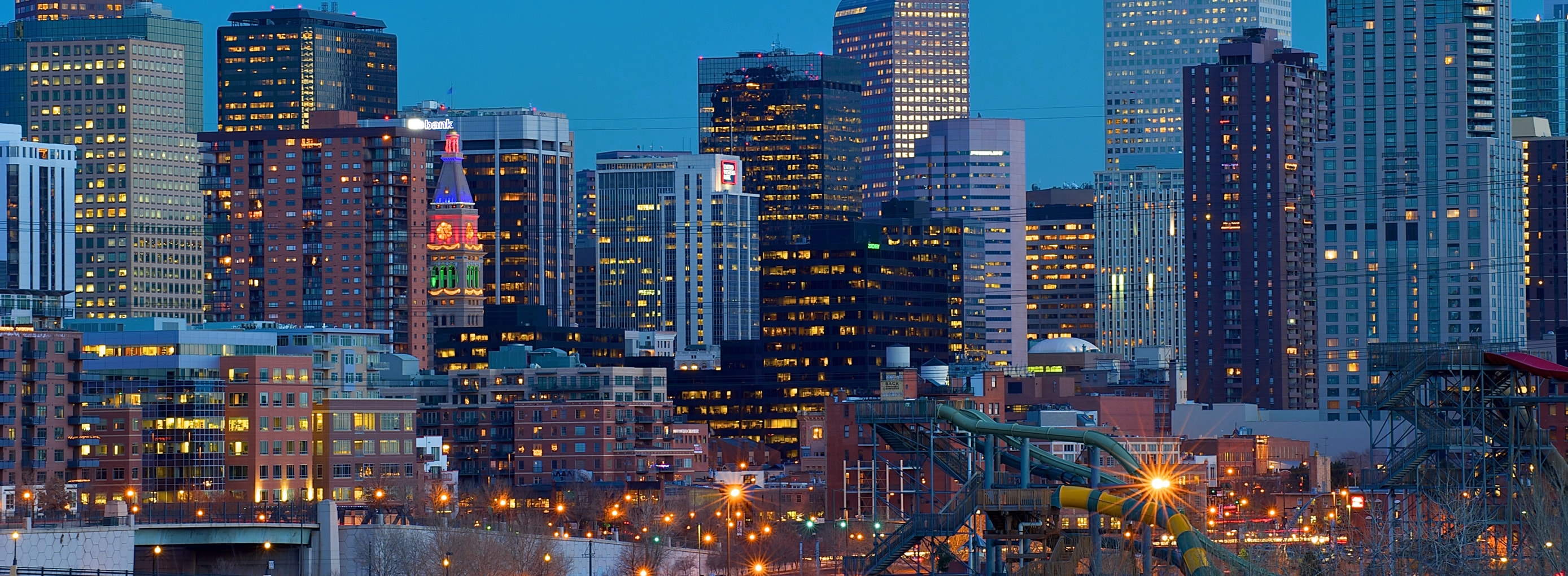 DenverTwilightSkyline_2777x1020-min